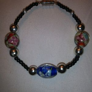 Bracelet with glass beads